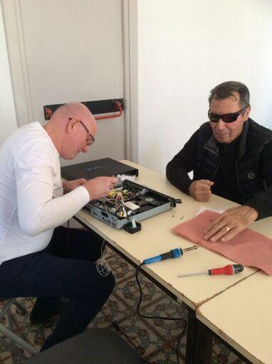 Premier atelier de l'année 2019, André réparateur de Biot vient prêter main forte à l'équipe de Grasse