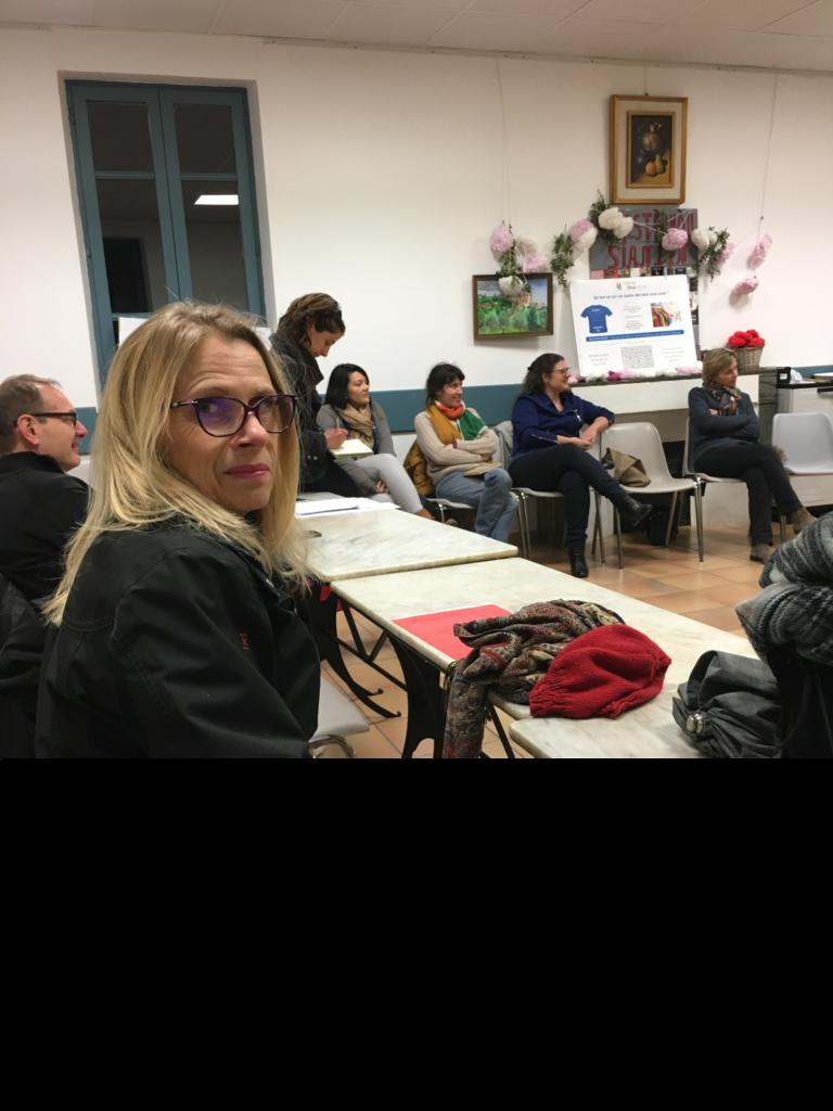 """Le Repair Café pays de Grasse sous la houlette de sa présidente, Pascale, participe à la réunion """"objectif zéro déchet"""" organisée par Constance représentante des Graines et du sens"""
